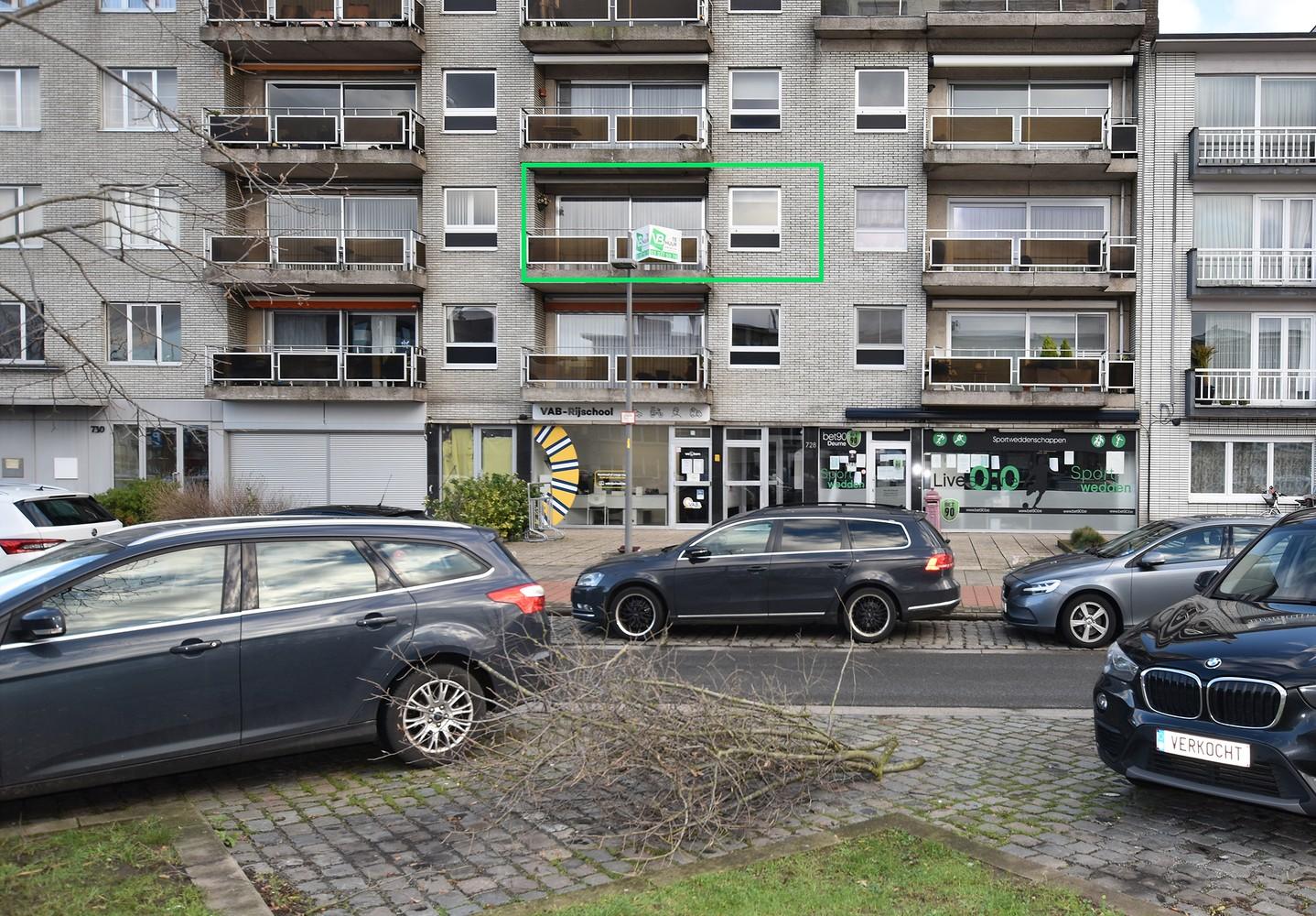 Verzorgd appartement met twee slaapkamers en twee terrassen te Deurne! afbeelding 3