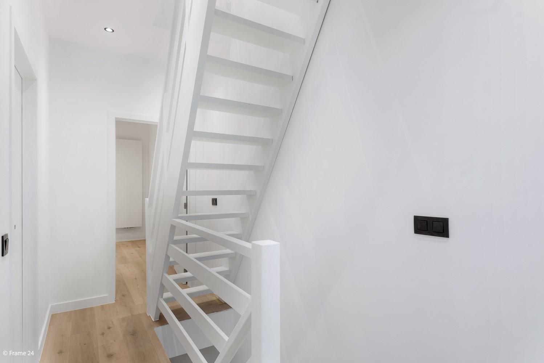Luxueus gerenoveerde woning met zonnige tuin & 3 slaapkamers in Lier afbeelding 11