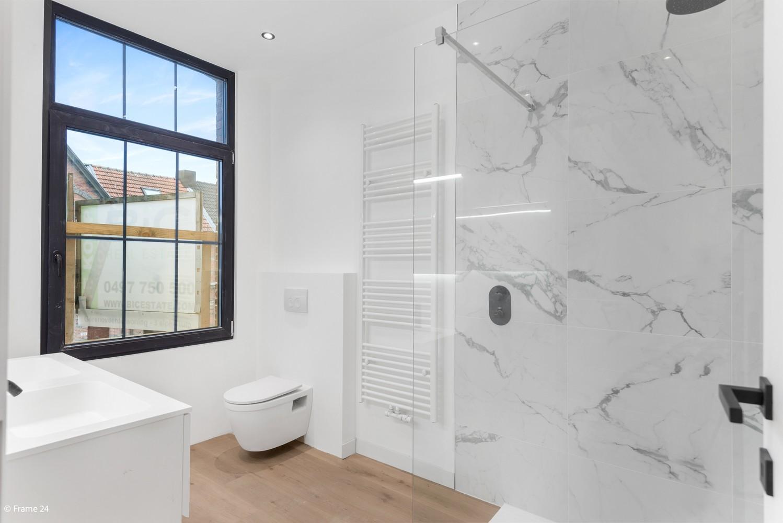 Luxueus gerenoveerde woning met zonnige tuin & 3 slaapkamers in Lier afbeelding 10