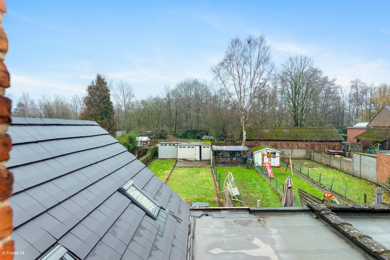 Luxueus gerenoveerde woning met zonnige tuin & 3 slaapkamers in Lier afbeelding 7