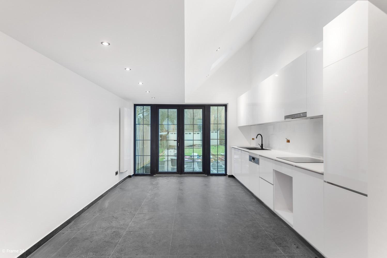 Luxueus gerenoveerde woning met zonnige tuin & 3 slaapkamers in Lier afbeelding 1