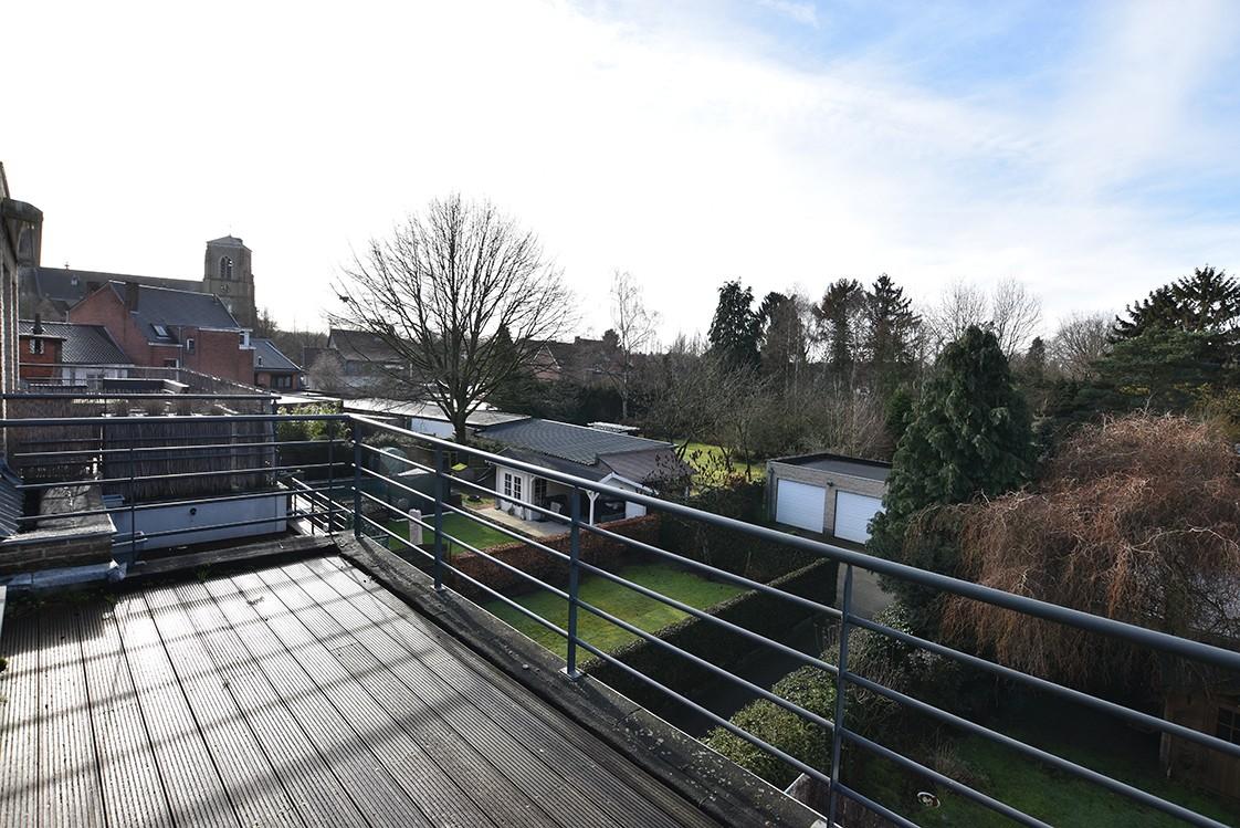 Instapklaar duplexappartement met drie slaapkamers en leuk terras te Schilde! afbeelding 16