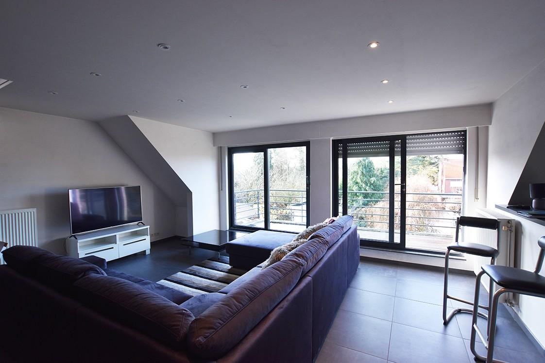 Instapklaar duplexappartement met drie slaapkamers en leuk terras te Schilde! afbeelding 4
