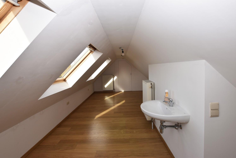 Instapklaar duplexappartement met drie slaapkamers en leuk terras te Schilde! afbeelding 12