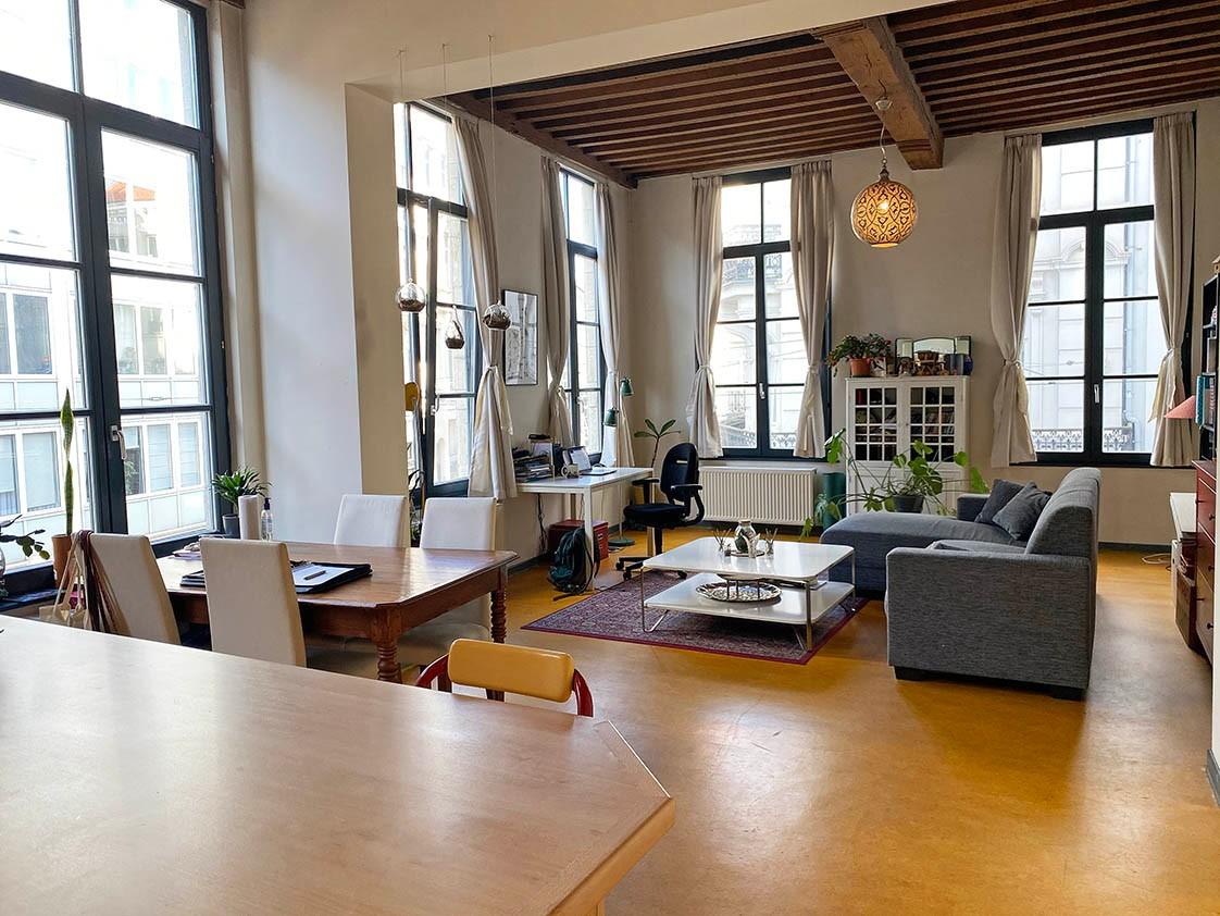 Verrassend ruim appartement met 1 slaapkamer in hartje Antwerpen! afbeelding 1