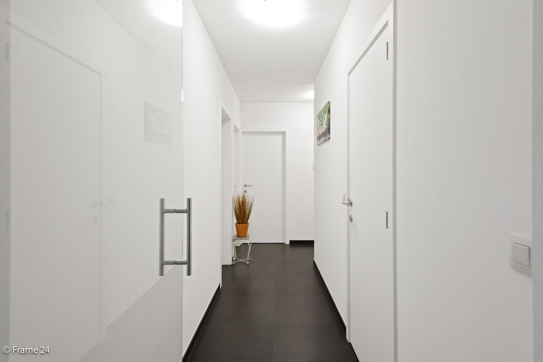 Recent appartement op de eerste verdieping met drie slaapkamers gelegen in residentie Ter Linden te Schilde! afbeelding 8