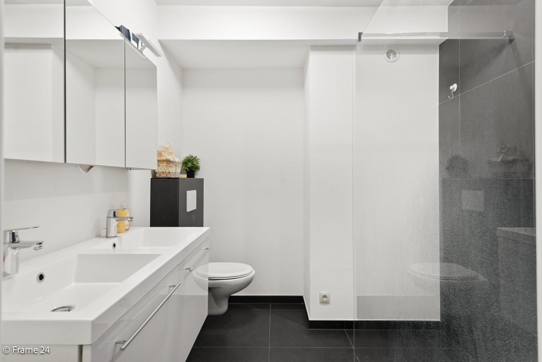 Recent appartement op de eerste verdieping met drie slaapkamers gelegen in residentie Ter Linden te Schilde! afbeelding 12