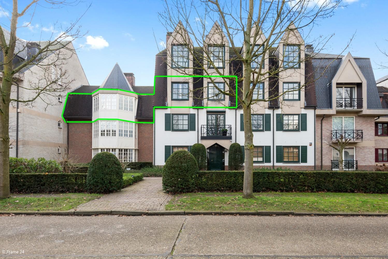 Riant appartement (+/- 210 m²) met twee slaapkamers en een prachtig terras te Brasschaat! afbeelding 2