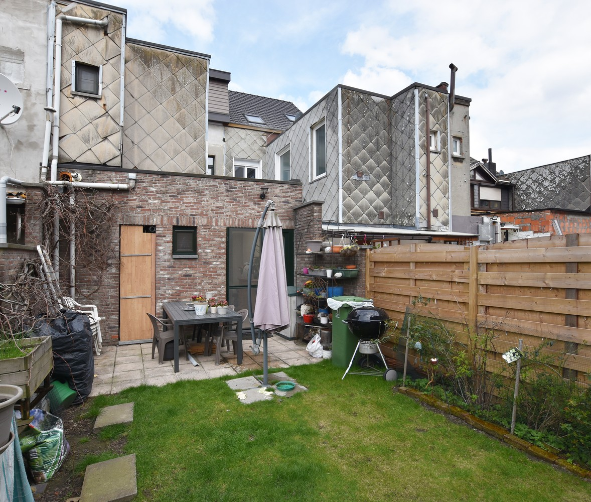 Ruime instapklare woning met 4 slaapkamers en tuin te Deurne. afbeelding 18