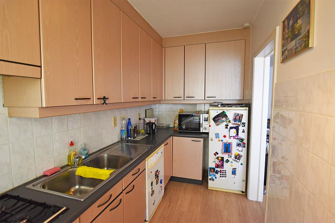 Verzorgd appartement met twee slaapkamers en terras te Borsbeek! afbeelding 4