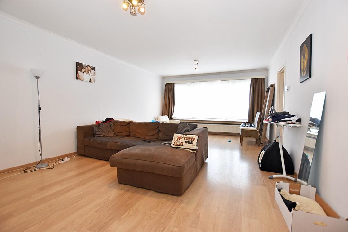 Verzorgd appartement met twee slaapkamers en terras te Borsbeek! afbeelding 2