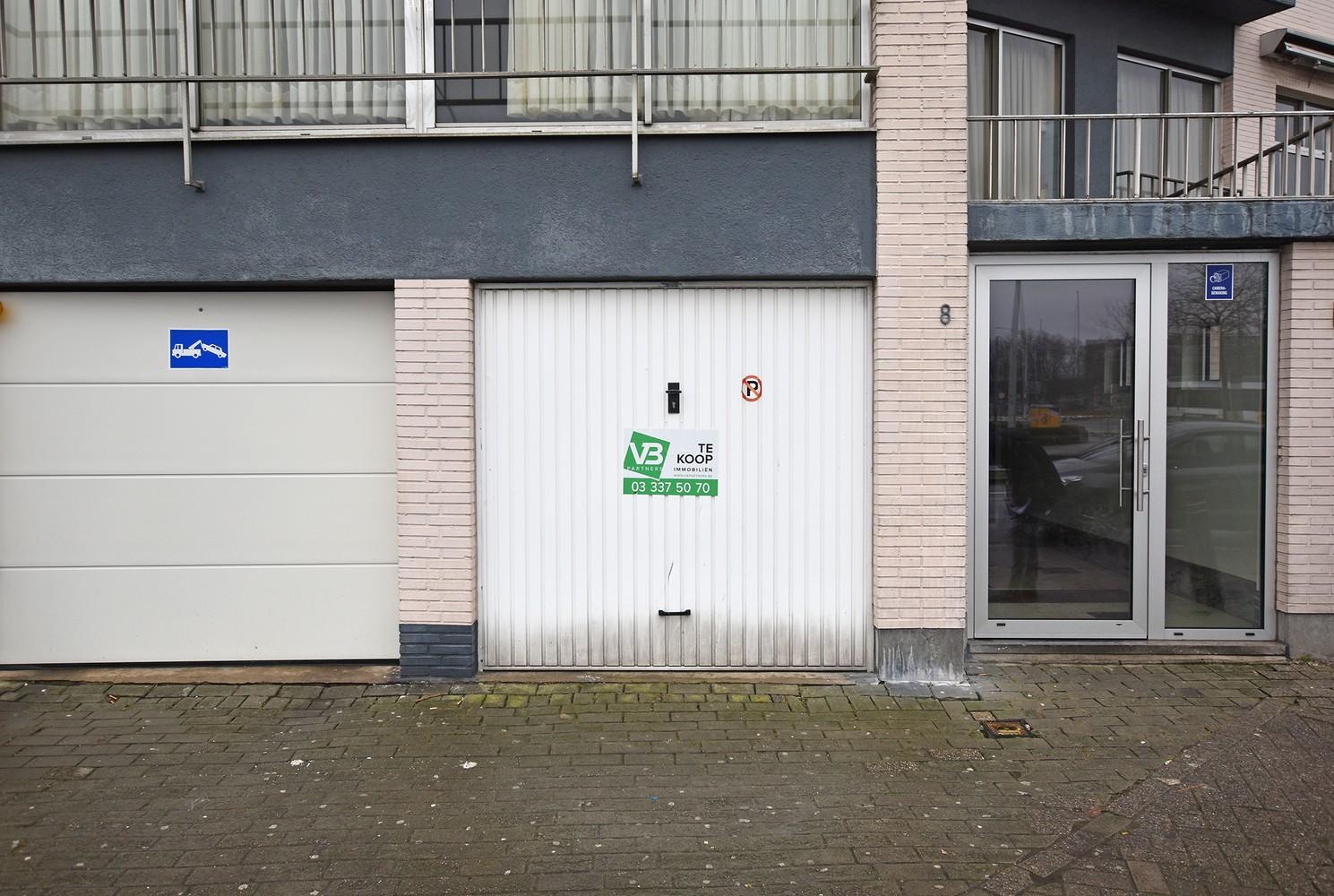 Garagebox te koop gelegen te Merksem! afbeelding 1