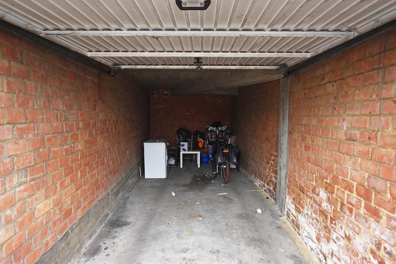 Garagebox te koop gelegen te Merksem! afbeelding 2