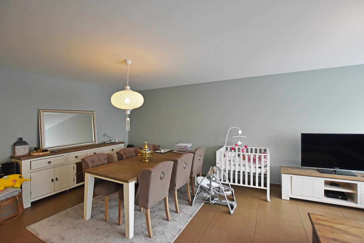 Zeer verzorgd en ruim appartement met 3 slpk en terras op de grens van Deurne-Zuid en Borsbeek! afbeelding 2