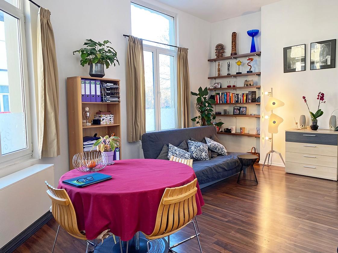 Leuk appartement met veel lichtinval op een toplocatie aan het Falconplein afbeelding 1