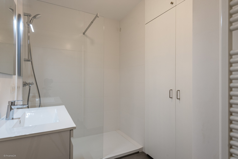 Volledig vernieuwd appartement (+/- 100 m²) met 2 slaapkamers en 2 terrassen te Deurne! afbeelding 10