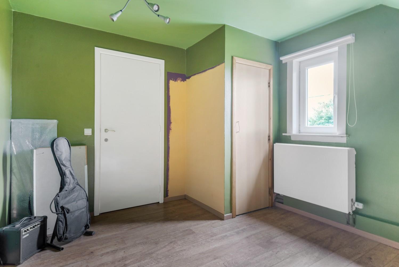 Op te frissen villa met een werkhuis van maar liefst 211,5m² afbeelding 16