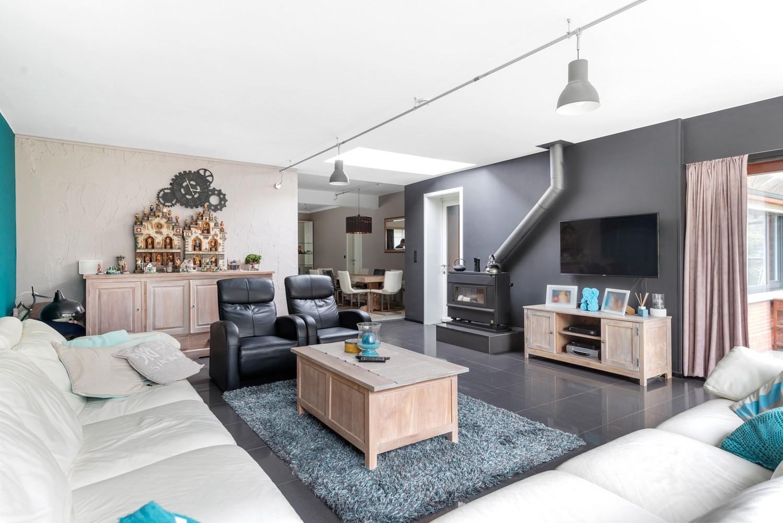 Op te frissen villa met een werkhuis van maar liefst 211,5m² afbeelding 7