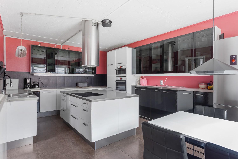 Op te frissen villa met een werkhuis van maar liefst 211,5m² afbeelding 10