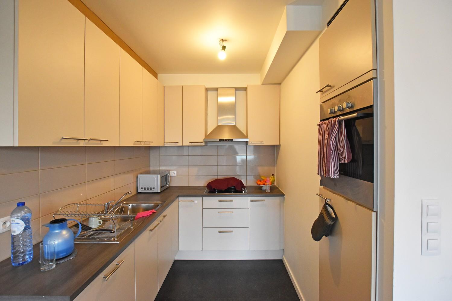 Modern en recent appartement met twee slaapkamers en terras te Wijnegem! afbeelding 3