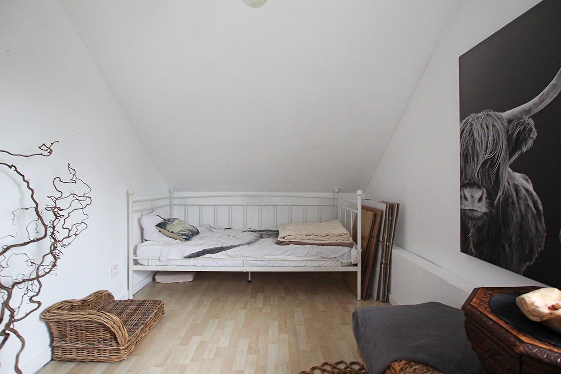 Ruim duplexappartement (111m²) met 3 slaapkamers op uitstekende locatie nabij het centrum van Ranst! afbeelding 8