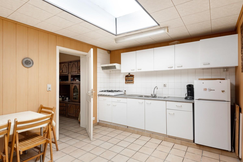 Te renoveren woning met 3 slaapkamers en leuke tuin op een rustige locatie in Duffel! afbeelding 8