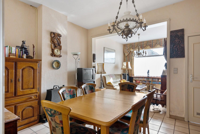 Te renoveren woning met 3 slaapkamers en leuke tuin op een rustige locatie in Duffel! afbeelding 5