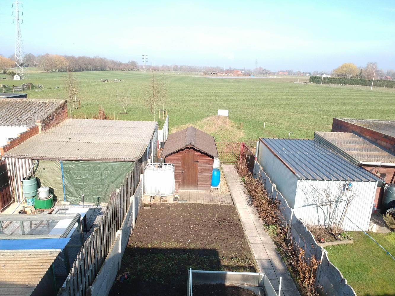 Te renoveren woning met 3 slaapkamers en leuke tuin op een rustige locatie in Duffel! afbeelding 17