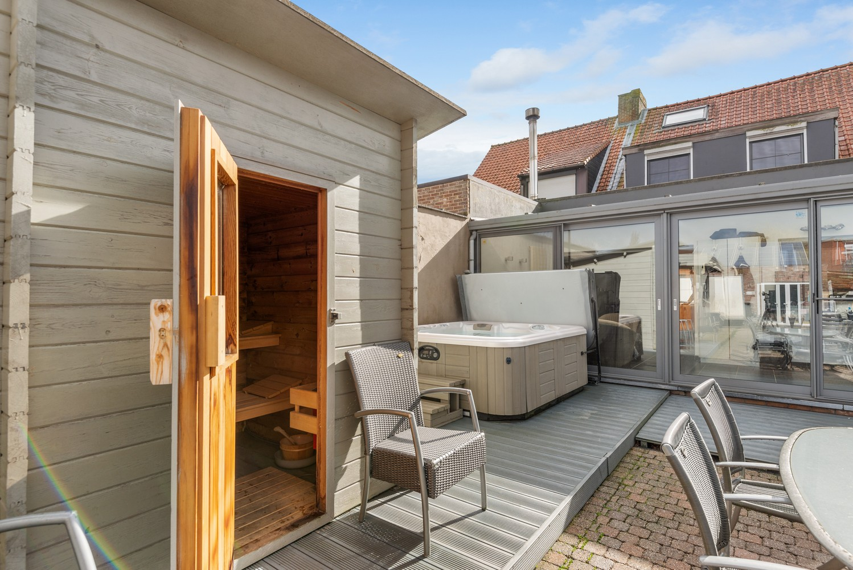 Verrassend ruime woning met groot werkhuis, jacuzzi, sauna, zonnepanelen en 3 slaapkamers in Wommelgem! afbeelding 23
