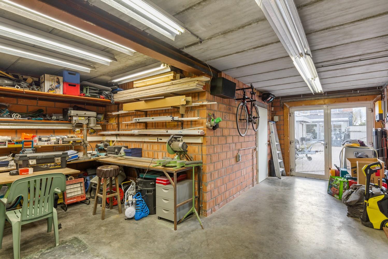 Verrassend ruime woning met groot werkhuis, jacuzzi, sauna, zonnepanelen en 3 slaapkamers in Wommelgem! afbeelding 18