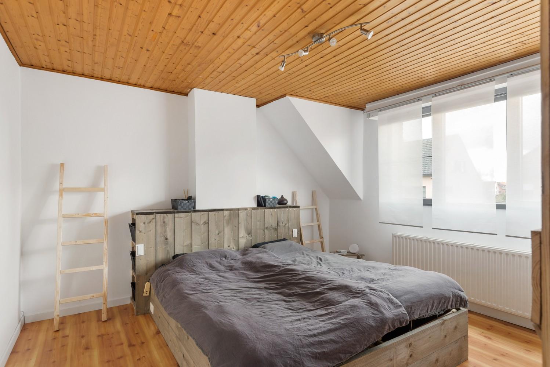 Verrassend ruime woning met groot werkhuis, jacuzzi, sauna, zonnepanelen en 3 slaapkamers in Wommelgem! afbeelding 13