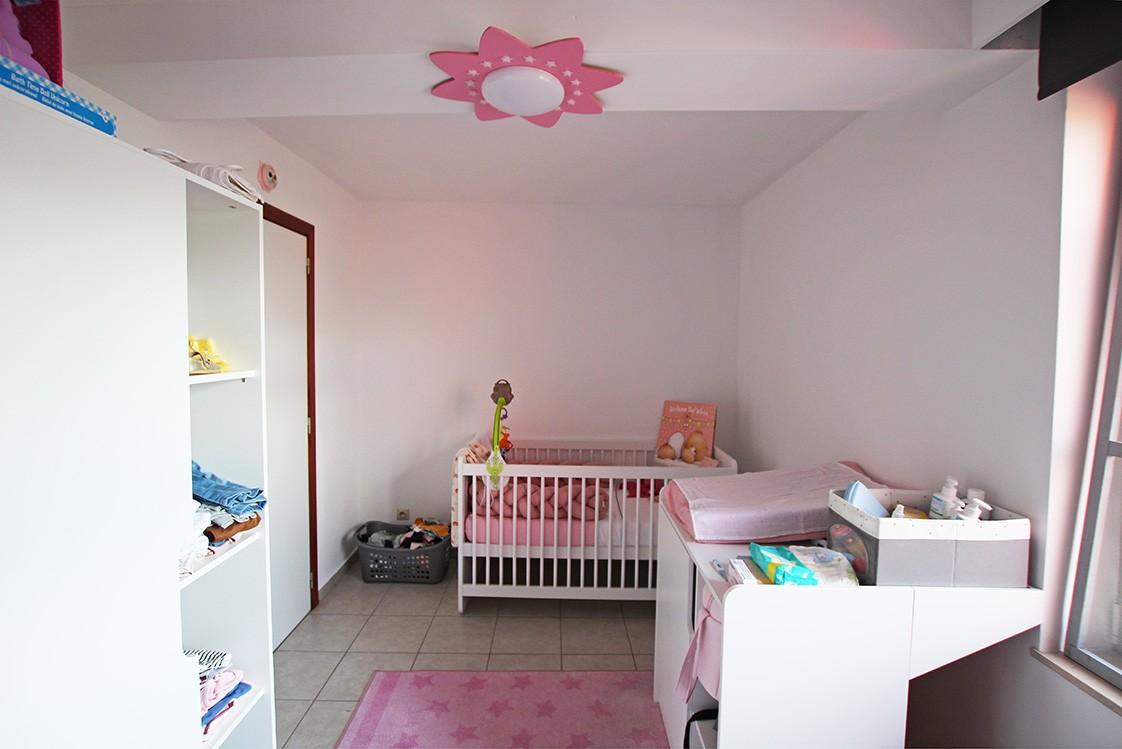 Ruim, gezellig appartement met 2 slaapkamers, lift en carport in hartje Broechem! afbeelding 9