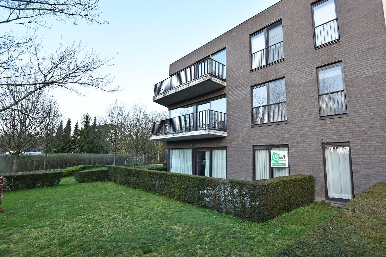 Recent gelijkvloers appartement met twee slaapkamers en een groot terras te Wijnegem! afbeelding 1