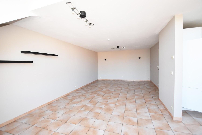 Prachtige duplex met 3 slaapkamers, terras & garage in Wuustwezel! afbeelding 4