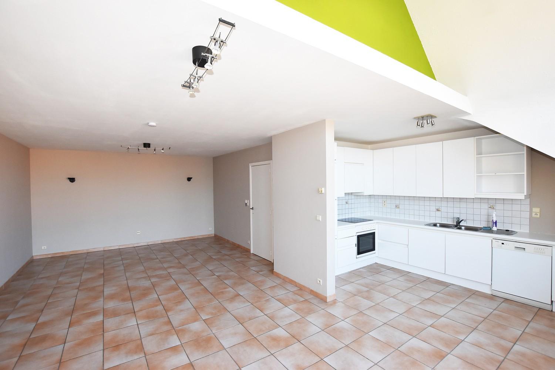 Prachtige duplex met 3 slaapkamers, terras & garage in Wuustwezel! afbeelding 2