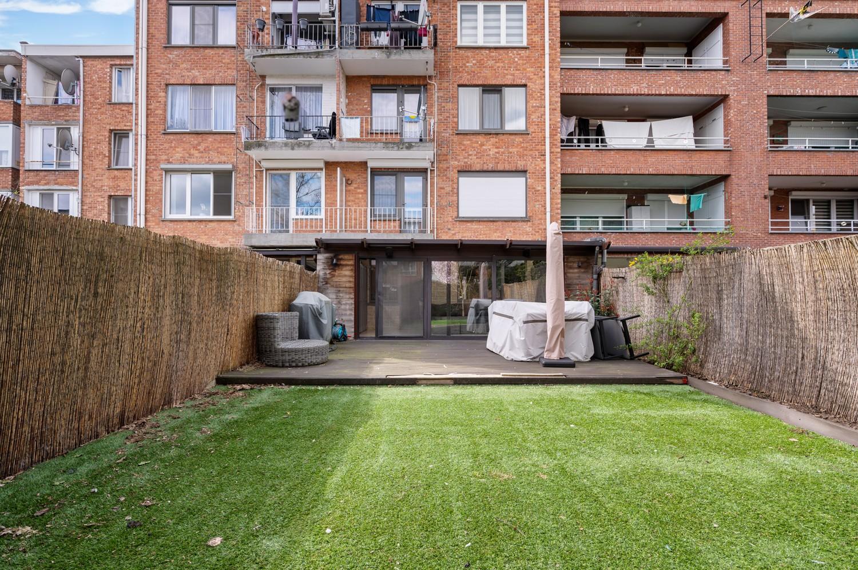 Gerenoveerd gelijkvloers appartement met 2 slaapkamers en tuin te Deurne! afbeelding 15