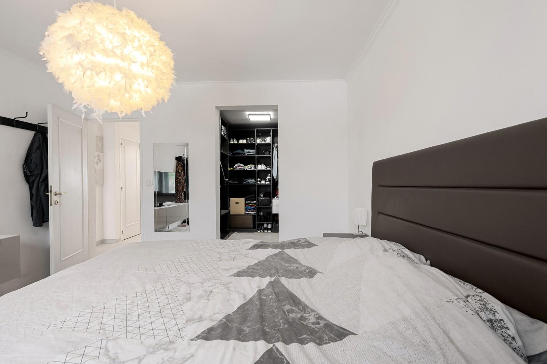 Gerenoveerd gelijkvloers appartement met 2 slaapkamers en tuin te Deurne! afbeelding 8