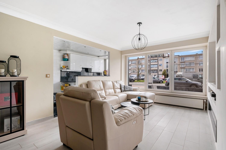 Gerenoveerd gelijkvloers appartement met 2 slaapkamers en tuin te Deurne! afbeelding 2