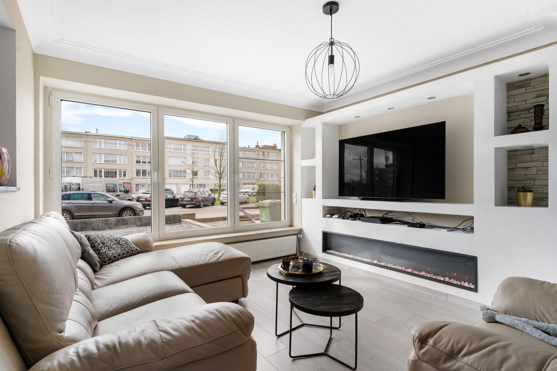 Gerenoveerd gelijkvloers appartement met 2 slaapkamers en tuin te Deurne! afbeelding 1