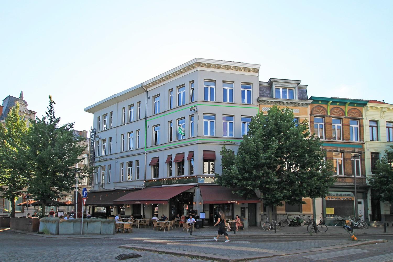 Lichtrijk 1-slaapkamer appartement (72 m²) op een absolute toplocatie te Antwerpen-Zuid! afbeelding 1