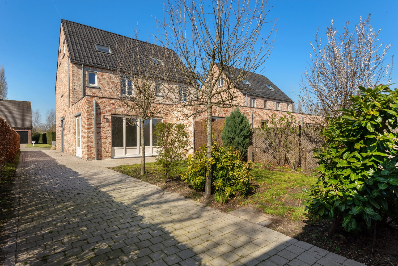 Mooie woning met 2 à 4 slaapkamers en tuin op een rustige locatie in Ranst! afbeelding 6