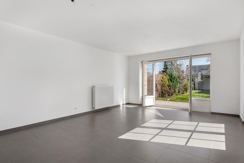 Mooie woning met 2 à 4 slaapkamers en tuin op een rustige locatie in Ranst! afbeelding 4
