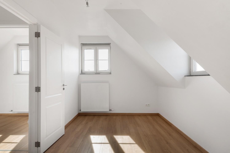 Mooie woning met 2 à 4 slaapkamers en tuin op een rustige locatie in Ranst! afbeelding 16