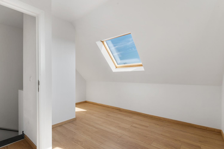 Mooie woning met 2 à 4 slaapkamers en tuin op een rustige locatie in Ranst! afbeelding 17