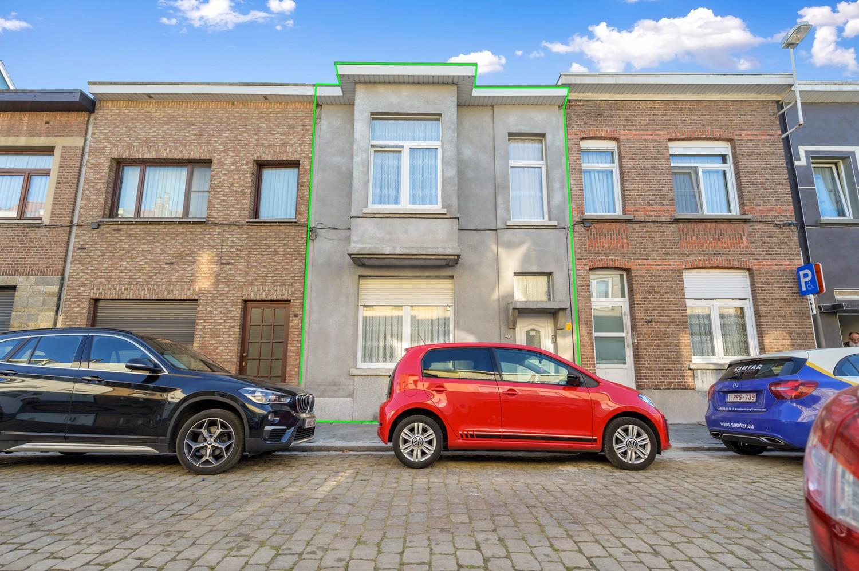 Ruime, op te frissen woning met 4 slaapkamers en leuke tuin in Deurne! afbeelding 3
