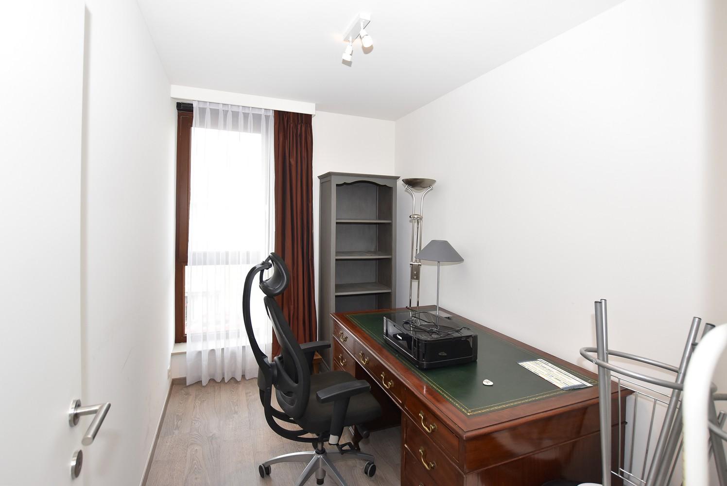 Recent appartement op de tweede verdieping met drie slaapkamers op centrale locatie te Schilde! afbeelding 6