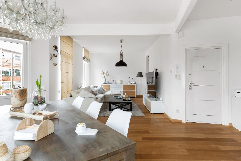 Heel mooi gerenoveerd en lichtrijk appartement (+/- 115 m²) nabij het Nachtegalenpark! afbeelding 5