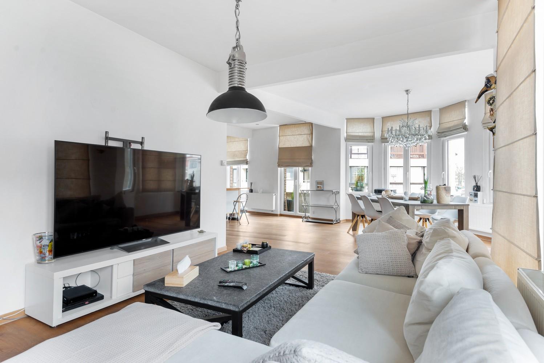 Heel mooi gerenoveerd en lichtrijk appartement (+/- 115 m²) nabij het Nachtegalenpark! afbeelding 8