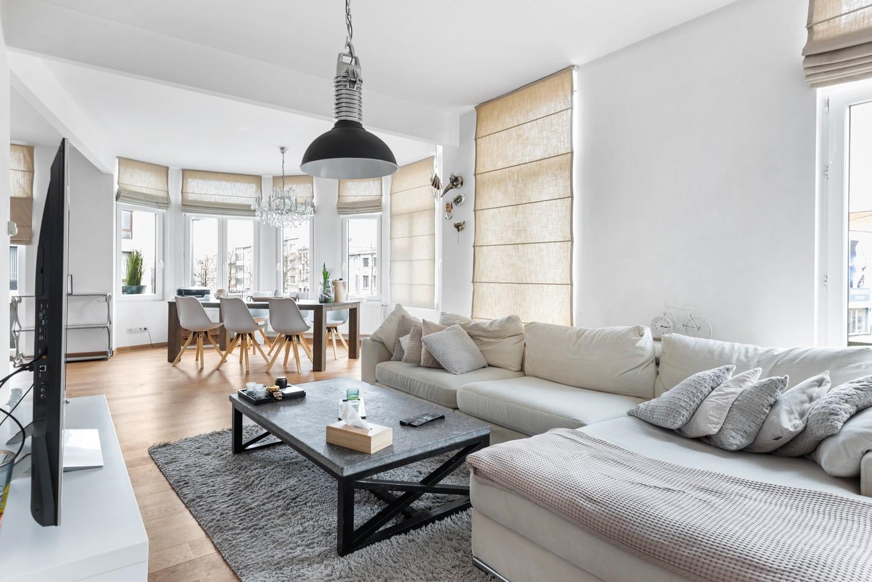 Heel mooi gerenoveerd en lichtrijk appartement (+/- 115 m²) nabij het Nachtegalenpark! afbeelding 9