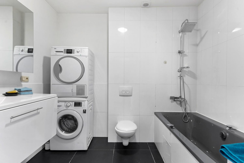 Heel mooi gerenoveerd en lichtrijk appartement (+/- 115 m²) nabij het Nachtegalenpark! afbeelding 18